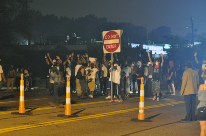 Ferguson-Civil-Unrest-Photo-by-Loavesofbread